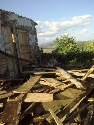 casa blaga va dispărea foto jeniţa naidin 29 07 2017